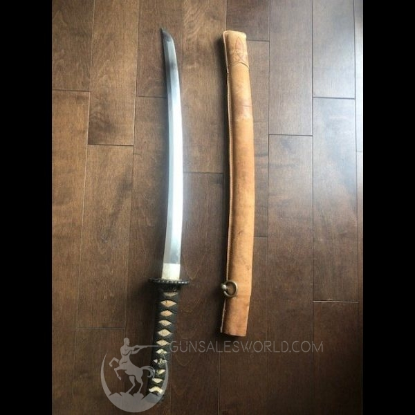 Authentic antique 330-360 years old Wakizashi pilot/tanker sword